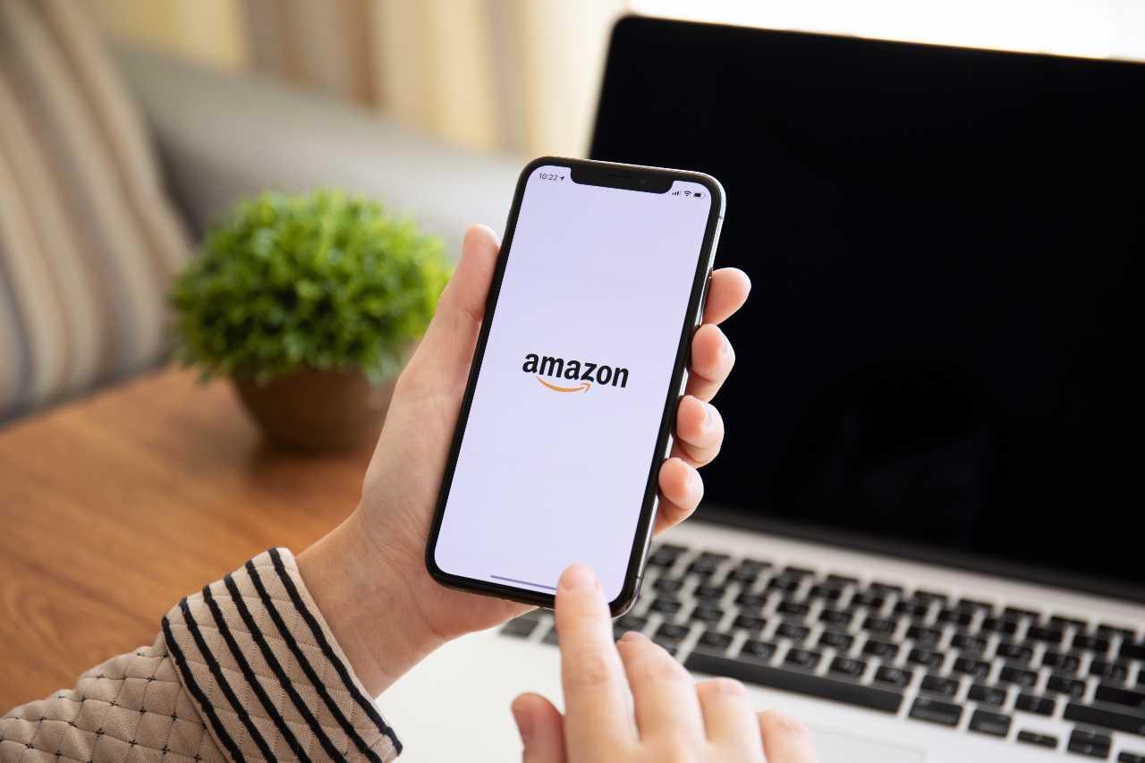Amazon App (Adobe Stock)